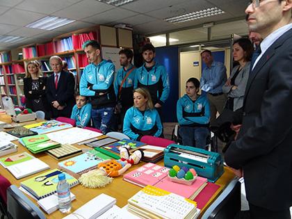 Un momento de la visita a la DT de la ONCE en Murcia