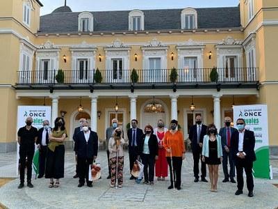 Jurado y ganadores de los Tiflos en la pasada edición