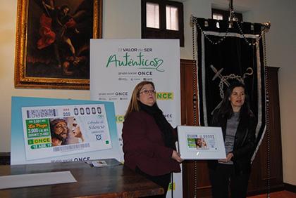 Presentación del cupón de la ONCE dedicado al 75 aniversario de la Cofradía del Silencio, de Zaragoza