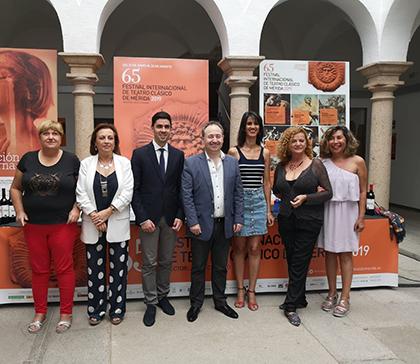 Presentación de 'Afrodita', que la compañía teatral canaria Antígona llevará al Festival de Mérida