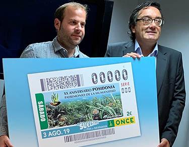 Miquel Mir (izda), conseller de Medio Ambiente y Territorio del Govern Balear, y José Vilaseca, delegado territorial de la ONCE, en la presentación