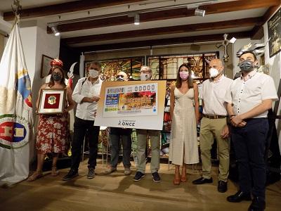 Presentación del cupón dedicado a la fiesta de Moros y Cristianos de Elche