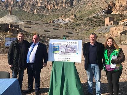 Presentación del cupón de la ONCE dedicado a la Geoda gigante de Pulpi (Almería)