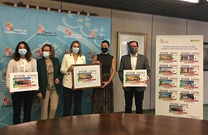 Foto de familia de la presentación en Zamora de la nueva serie de cupones de la ONCE titulada Caminos de Santiago por Castilla y León