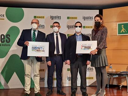 Presentación de los cupones dedicados al Valle del Pas y al Hospital de Valdecilla