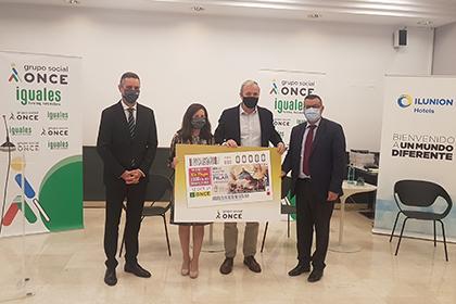 Presentación del cupón de la ONCE dedicado al Día del Pilar