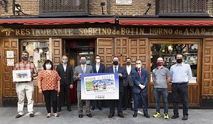 Foto de familia de la presentación en Madrid del cupón de la ONCE en apoyo a la Hostelería
