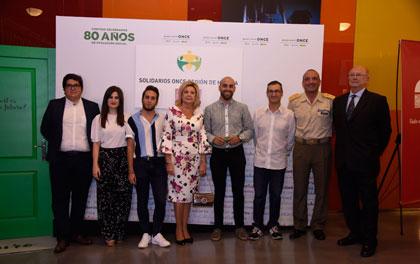 Foto de familia premiados Solidarios ONCE Región de Murcia 2018
