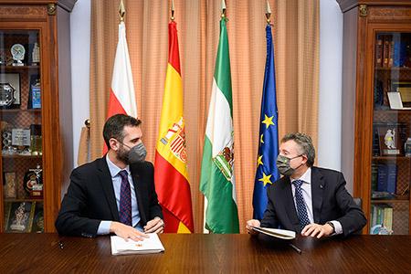 Firma convenio entre la ONCE y el Ayuntamiento de Almería