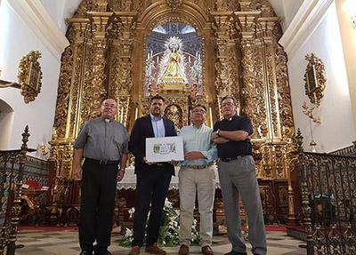 Foto de familia de la presentación del cupón dedicado a la patrona de Almendralejo
