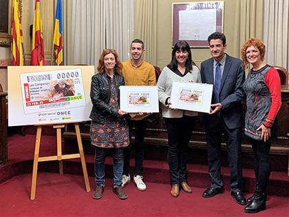 Presentación del cupón dedicado a las Comparsas de Vilanova i La Geltrú