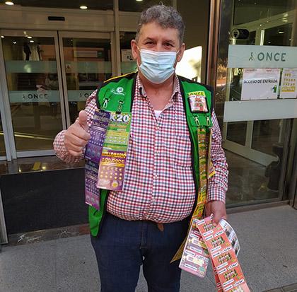 Patricio Casado, vendedor de la ONCE en Córdoba