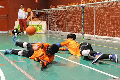 Goalball, uno de los deportes que se practicará en estas jornadas