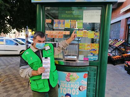 Francisco José Esteban, vendedor de la ONCE que ha repartido 560.000 en Sevilla