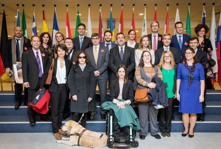 Amplia delegación del Grupo Social ONCE en el Parlamento Europeo en Bruselas