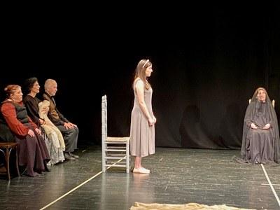 Imagen del grupo La Esfera durante una representación
