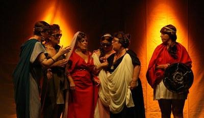 Actores de La Porciúncula durante la representación